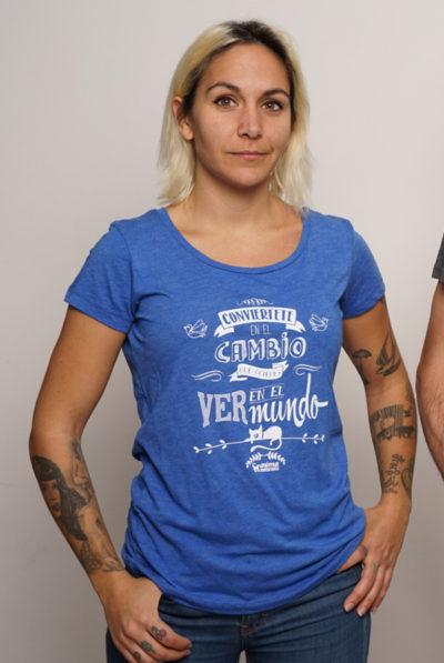 Conviértete en el Cambio que Quieres Ver en el Mundo – Mujer Azul