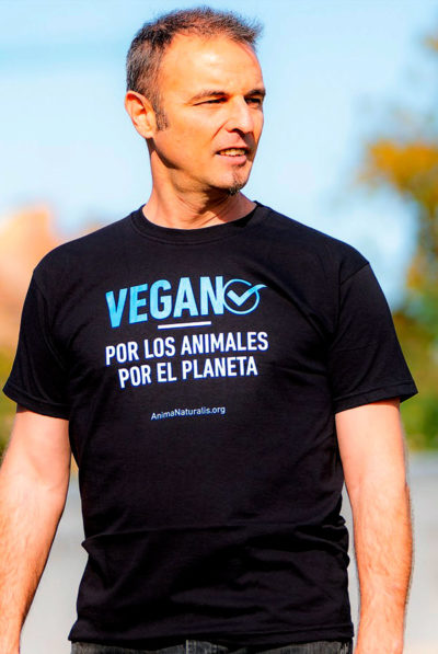Camiseta Vegan☑️  – Por los animales · Por el planeta- Unisex